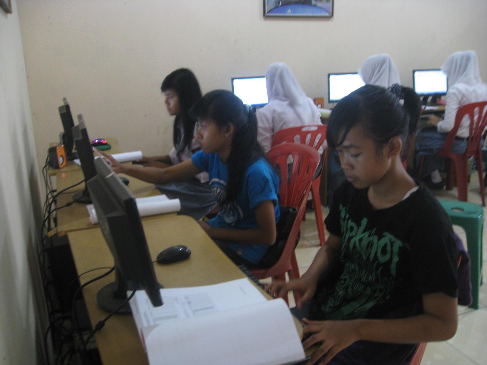 Peluang Usaha di Bidang Jasa Strategi Dan Analisa Peluang Usaha Jasa Kursus Komputer